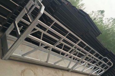 zlp630 / 800 ll wangun aluminium alloy, konstruksi baja sing ditanggulangi nganggo lift platform ing jendhela bangunan